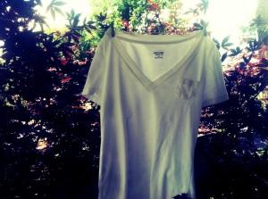 seventy7q.com. white tshirt. mossimo2
